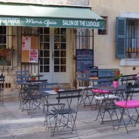 La terrasse du restaurant, place Godeau